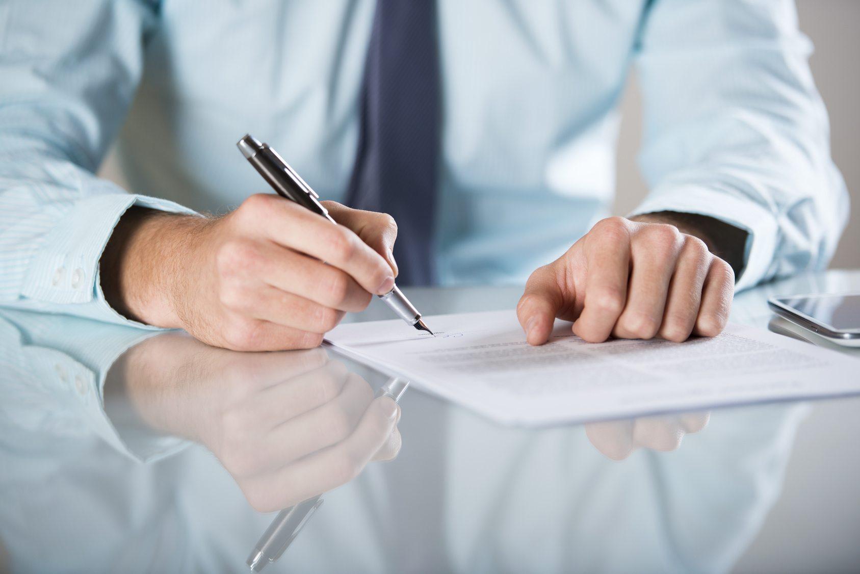 Prywatny akt oskarżenia w sprawie o przestępstwo spowodowania lekkiego uszczerbku na zdrowiu pacjenta