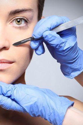 Odpowiedzialność karna lekarza związana z przeprowadzeniem zabiegu kosmetycznego