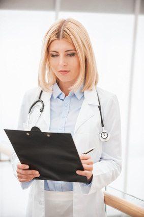 Odpowiedzialność lekarza za szkody na zdrowiu pacjenta – czy wystarczy uprawdopodobnienie?